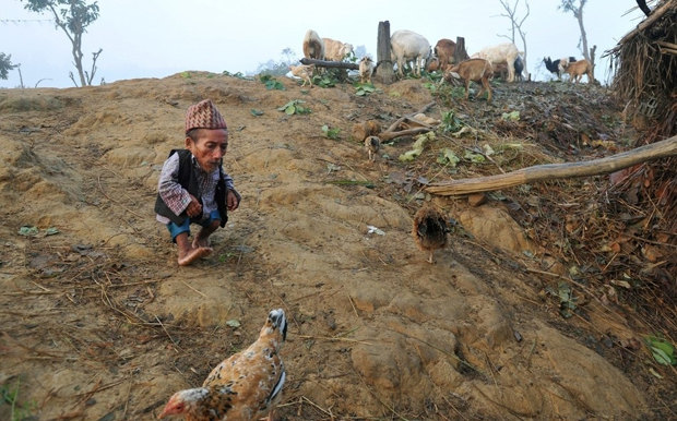 Самый маленький человек найден в непальской деревне